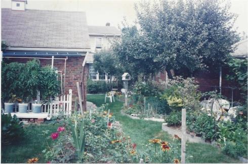 Uncle Joe garden aunt lil-7